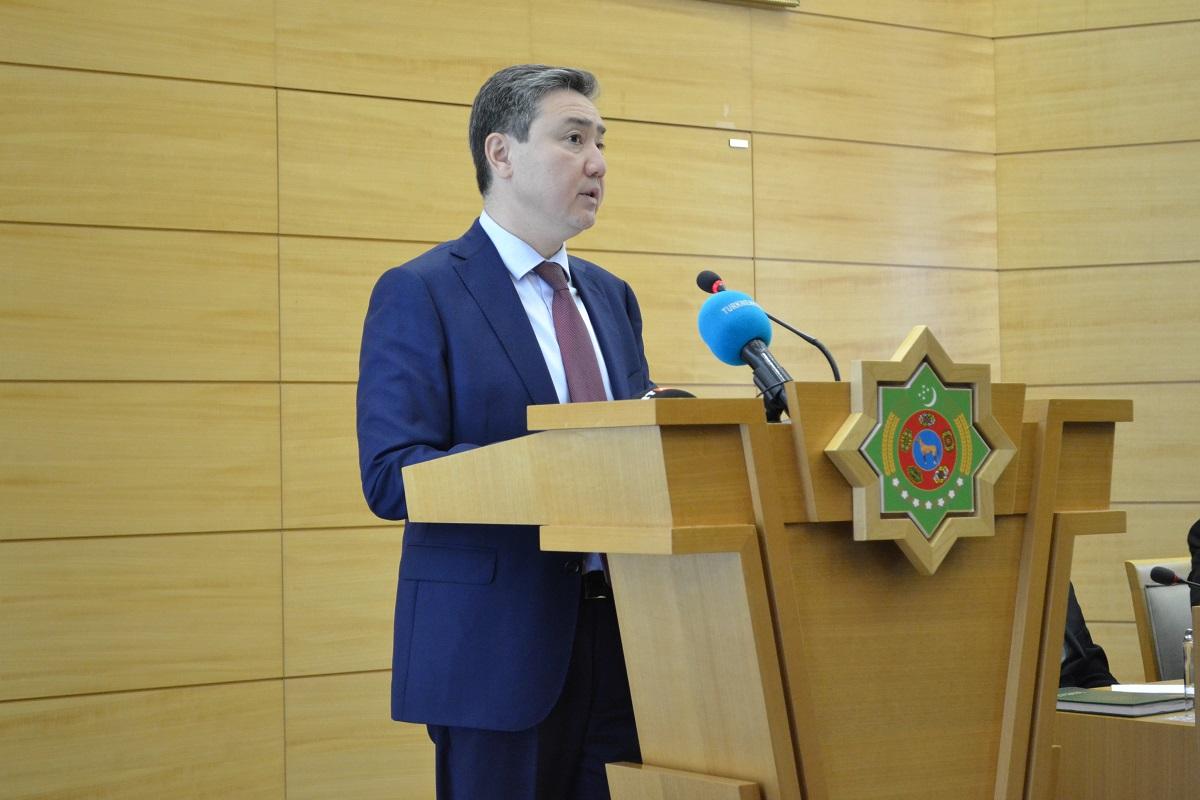 В МИД Туркменистана состоялся брифинг о заседаниях Совета Министров иностранных дел и Совета Глав государств СНГ