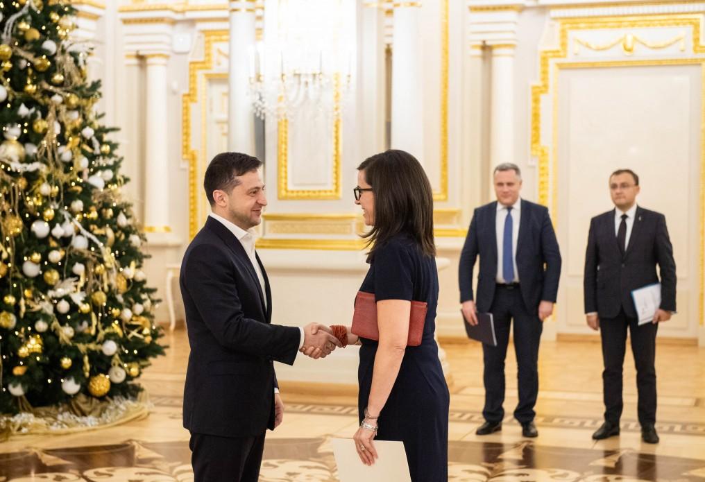 Президент України Володимир Зеленський прийняв вірчі грамоти у низки країн