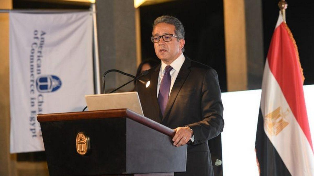 Ель-Анані міністр у справах старожитностей Єгипту