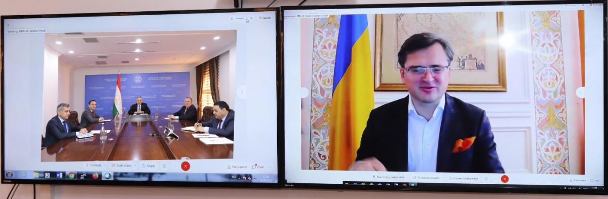 Відбулася Зустріч міністрів закордоних справ Таджикистану і України